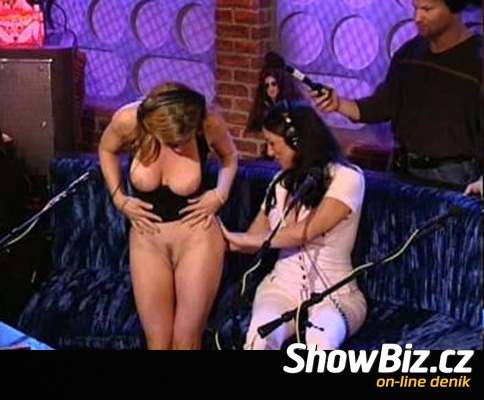 howard stern nude show